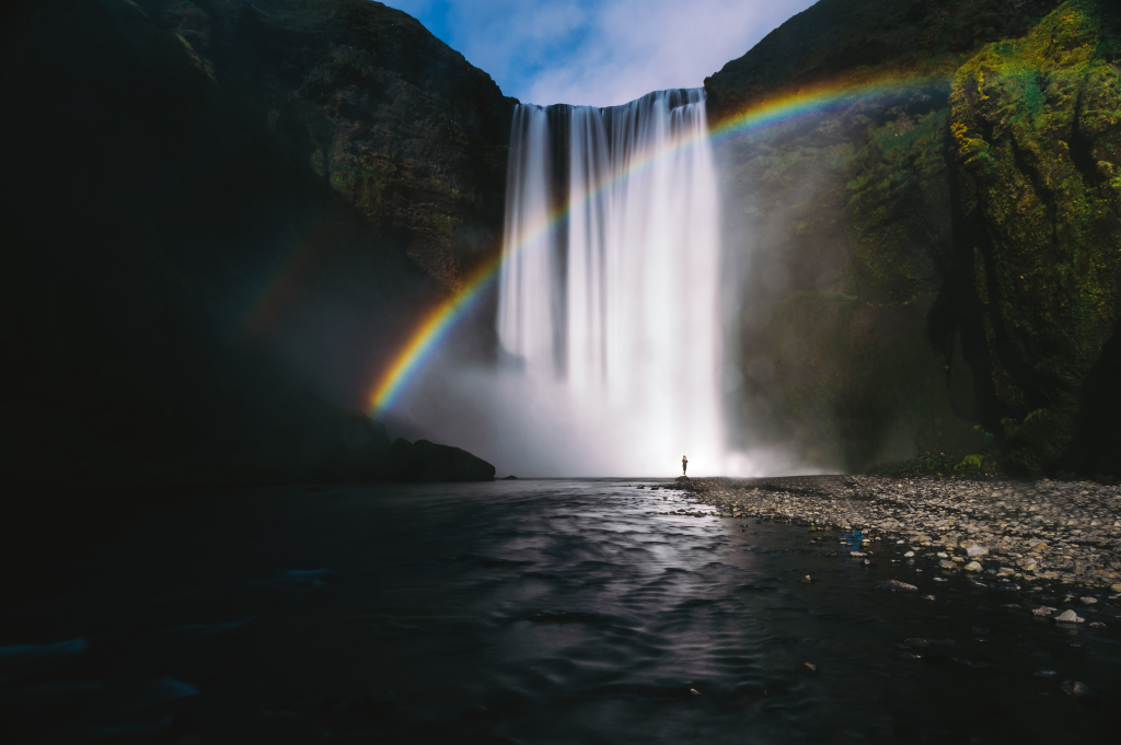 Waterfall sorasak-8ZAxI5FwjFo-unsplash